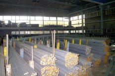 「使ってる鉄筋材が違うぞッ!」対立する工事監理者の理想と、鉄筋加工場のリアルとは?
