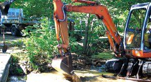 掘削作業で「埋設物・架空物」を損傷した失敗事例から学ぶ