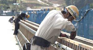 公共工事を一斉に休む!建設業の死活問題「働き方改革」に挑む長野県・埼玉県