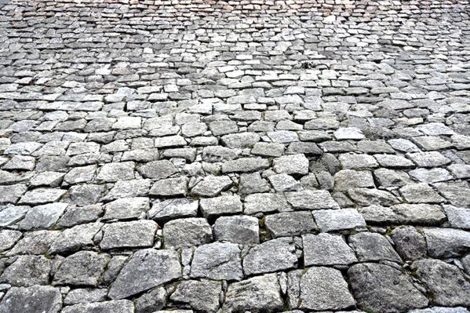 歴史的石積み構造物から学ぶ「現代の施工管理技士に足りない意識」とは?