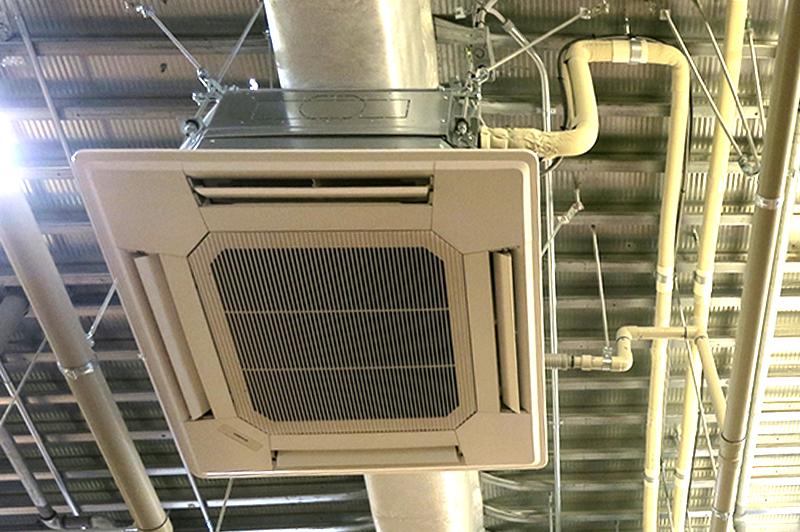 空調設備の施工管理技士を困らせる「お金と納期とお客様」