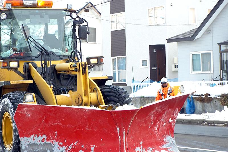 【衝撃】除雪を誰もできなくなる日が来る…「建設業の悲鳴」を聞け!