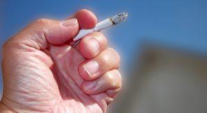 タバコはコミュニケーションツールという言い訳。喫煙率99%のヤニ地獄で叫ぶ!