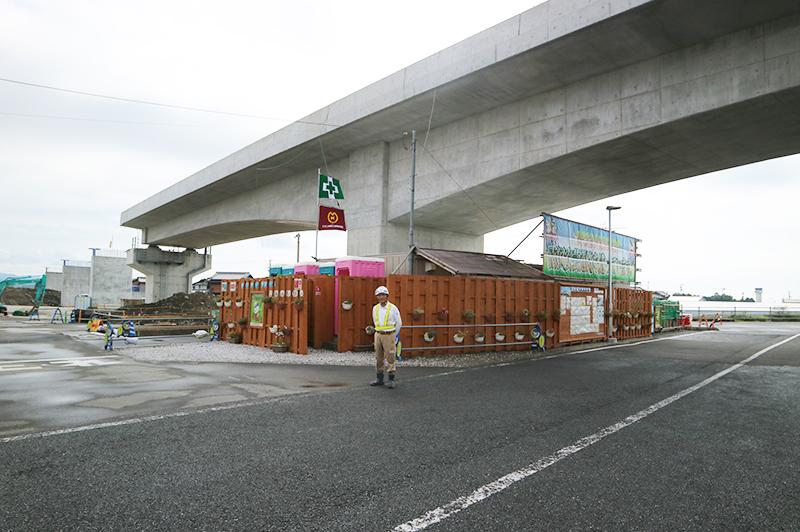 大﨑さんが仕切る橋梁下部工の現場