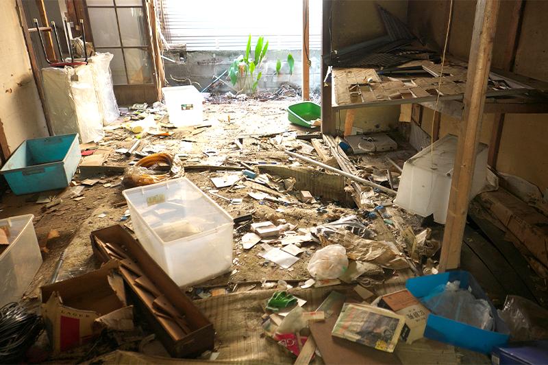 築古住宅では、残置物が撤去されていない場合も多い(写真はイメージ)