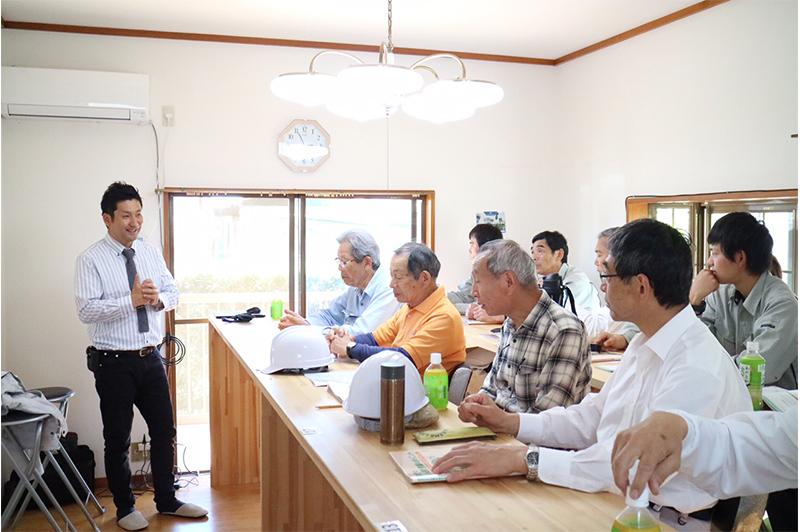 2年掛かりで、念願の「湘南トレーニングセンター」を開設。今では8つの講習を開講し、水越氏も講壇に立つ