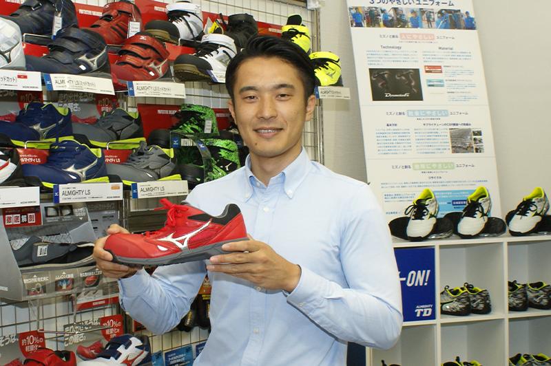 「スポーツと工事現場の融合」ミズノ製の作業靴はなぜ職人から受け入れられたか?