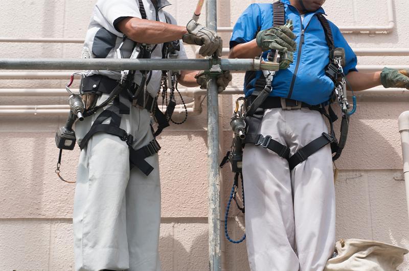 フルハーネス型安全帯への買替えに補助金。 申し込みは7月31日まで