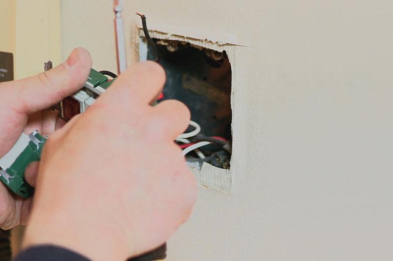 「おばあちゃん家のコンセントを新しくしてあげたい!」 小学5年生の電気工事士が教えてくれたこと