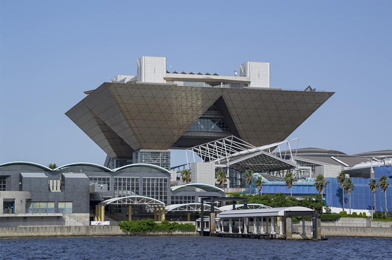 東京五輪の延期に伴い、利用制限も延長された東京ビッグサイト(東京国際展示場)