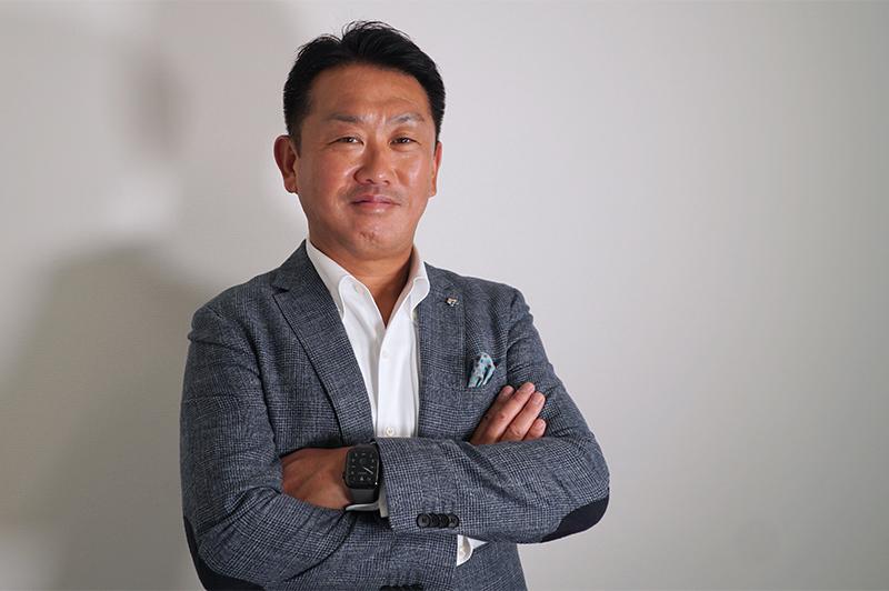 株式会社リヴの波夛野賢社長