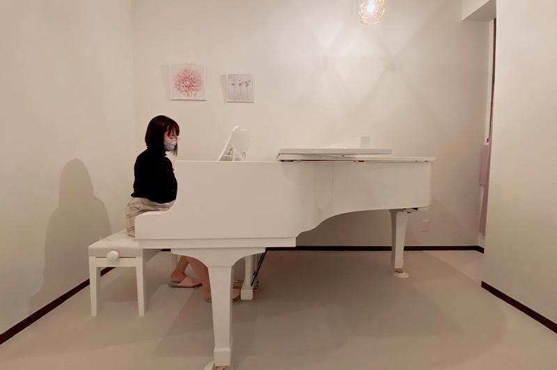 最近はピアノスタジオを開業した