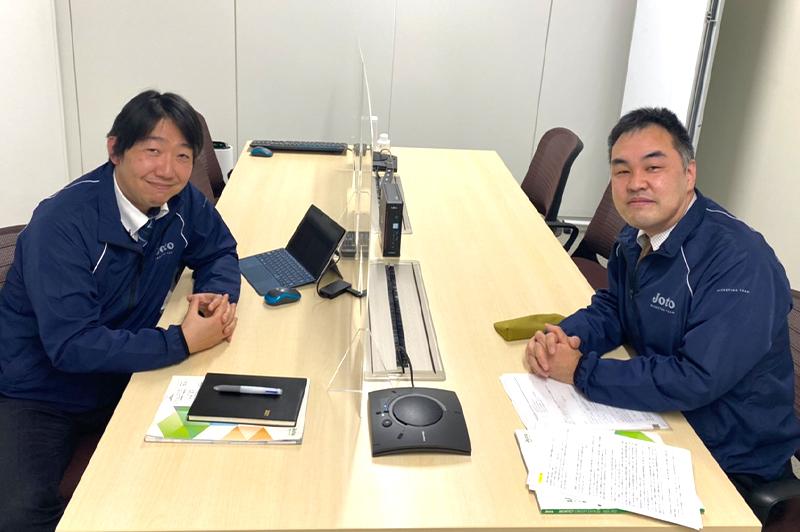 左から城東テクノ株式会社マーケティング部の山田昭夫部長、 新市場開発営業課非住宅営業チームの溝口陽一チーム長