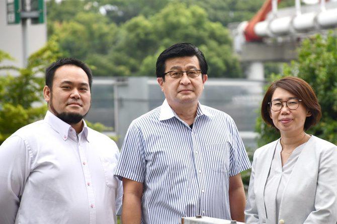 左から秋山さん、平島さん、片岡さん